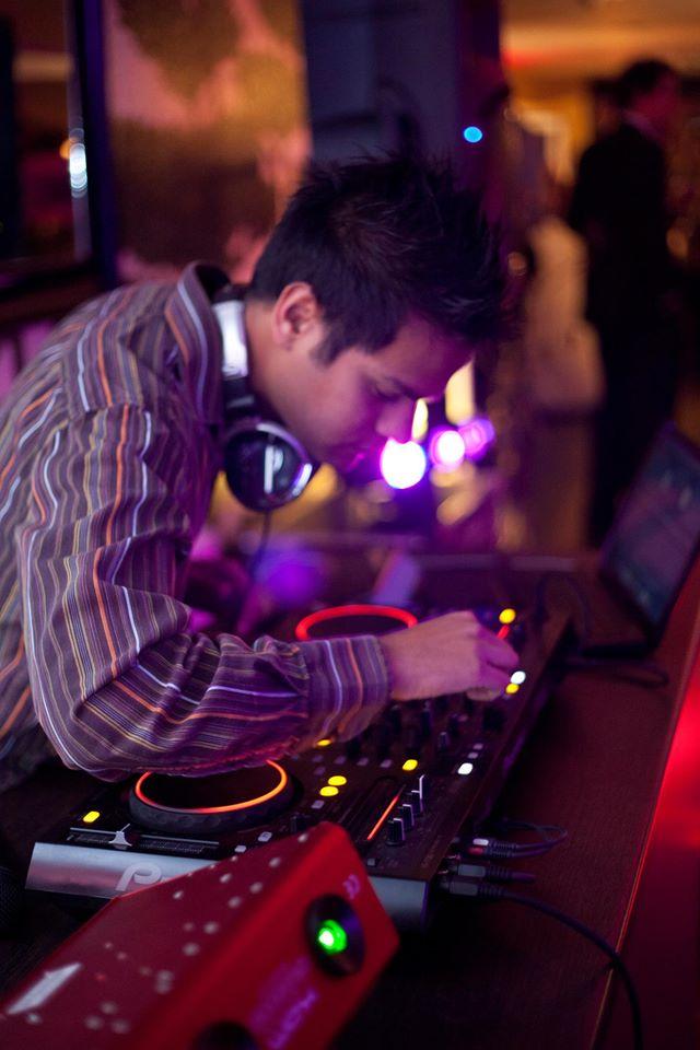DJ Sunny image
