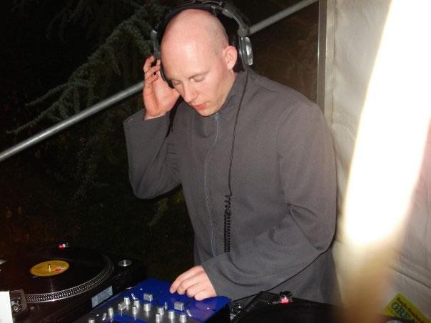 DJ Lav image