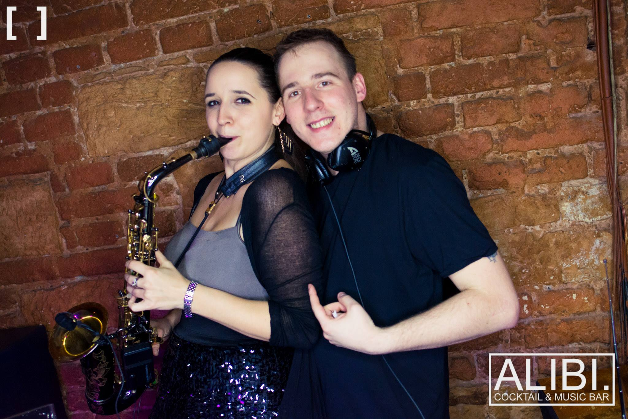 DJ Andy Road & Annie Black image