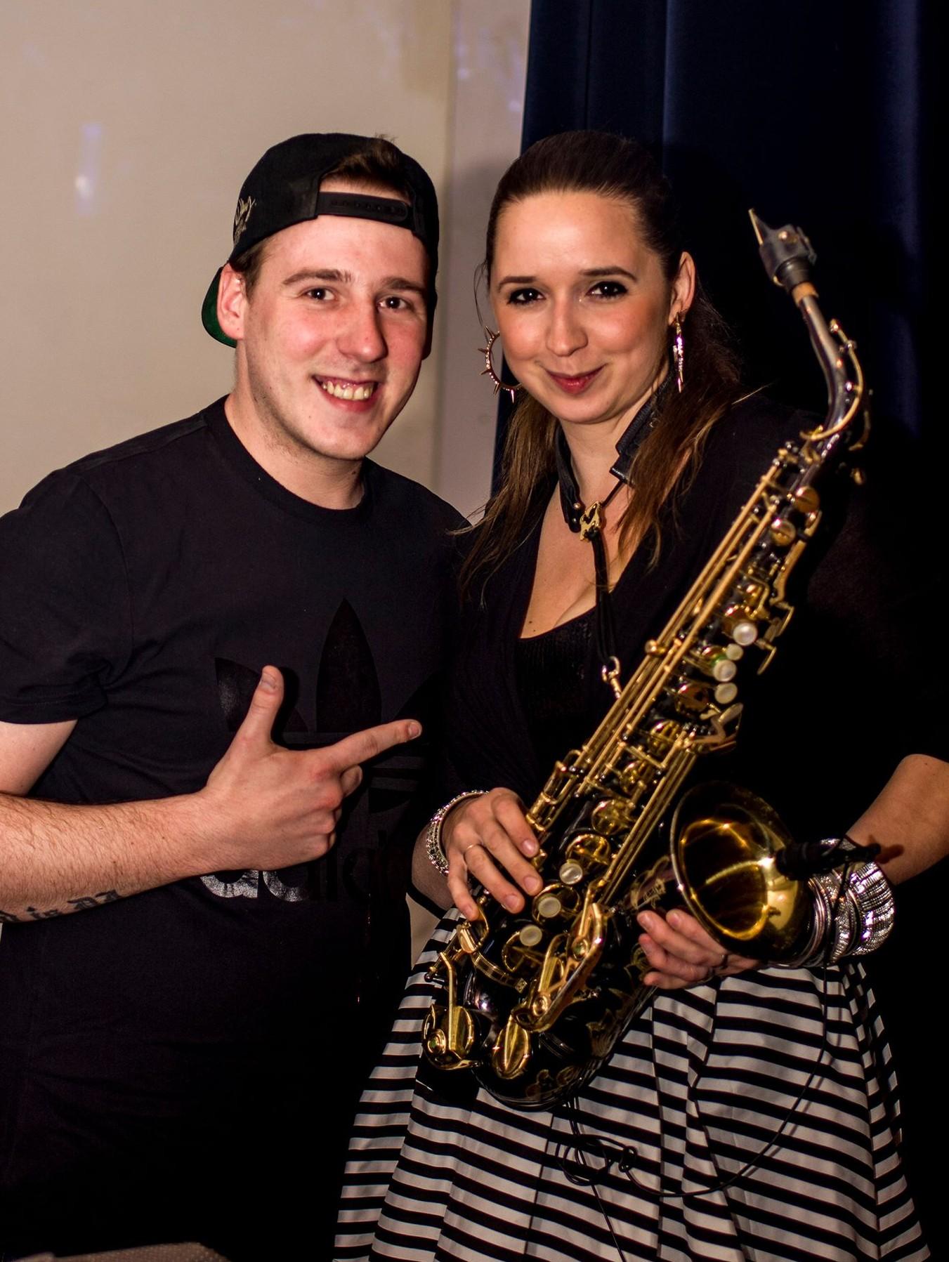 DJ Andy Road & Annie Black image